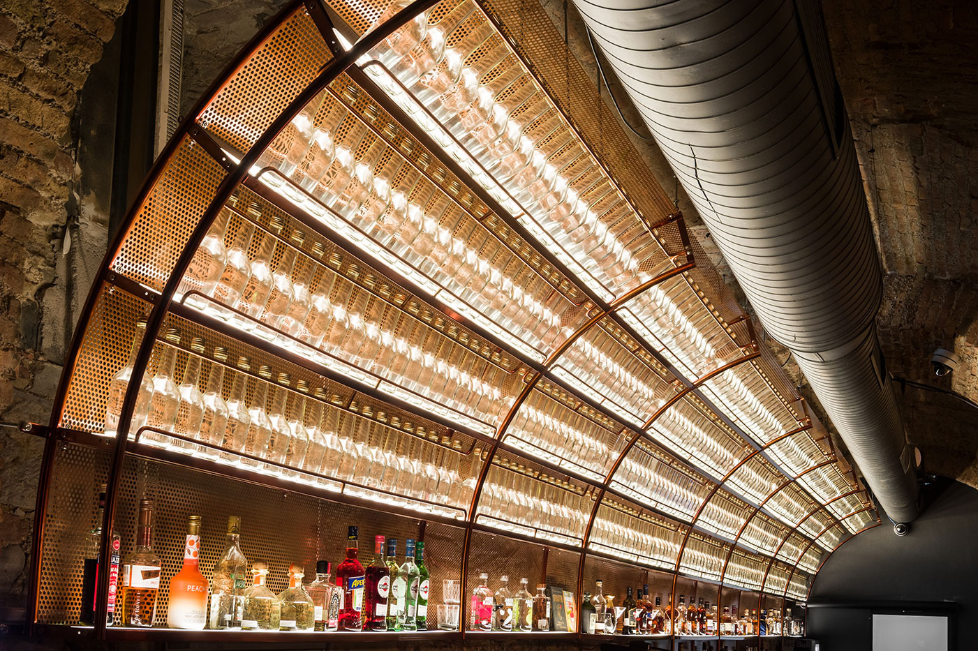 Pub Plecnik, Pub interior design